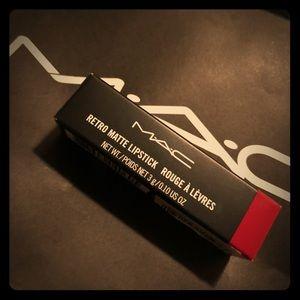 MAC 'Ruby Woo' lip stick